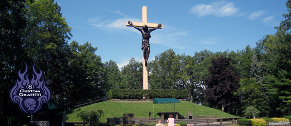 big_cross_in_the_woods
